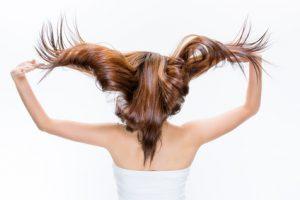キューティクルが整った指通りの良い髪