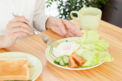 朝の食卓の写真