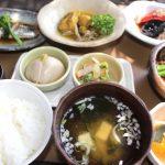 食卓を彩る和食