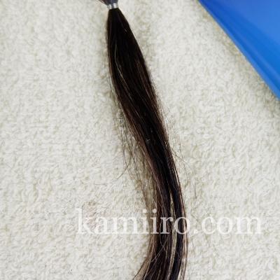 白髪50%の人毛毛束をルプルプカラートリートメントで2回染めた写真